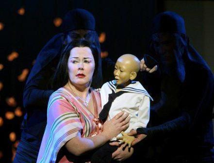 Краткое содержание оперы Пуччини Мадам Баттерфляй (Чио-Чио-сан) за 2 минуты пересказ сюжета