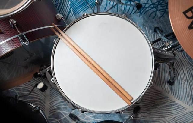 Краткое содержание Грасс Жестяной барабан за 2 минуты пересказ сюжета
