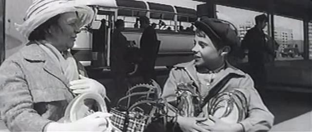 Краткое содержание Железников Путешественник с багажом за 2 минуты пересказ сюжета